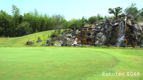 鷹羽ロイヤルカントリークラブ(福岡県)