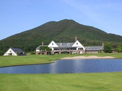 やくらいゴルフ倶楽部