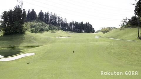 吉井南陽台ゴルフコースの写真2