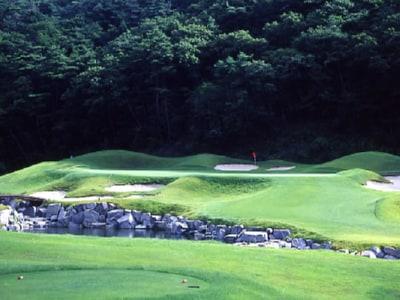 ジャパンビレッジゴルフ倶楽部