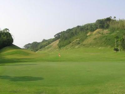 NEWユーアイゴルフクラブ(福岡県)
